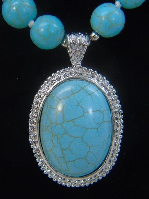 Native American Style Turquoise Necklace w Pendant - 4