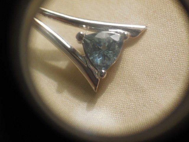 Pair 18kt White Gold Blue Topaz Dangle Earrings - 3