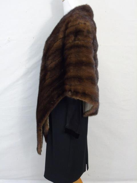 Vintage Silk Lined Dark Brown Mink Stole / Wrap - 2