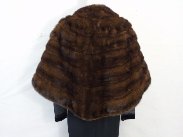 Vintage Silk Lined Dark Brown Mink Stole / Wrap - 3