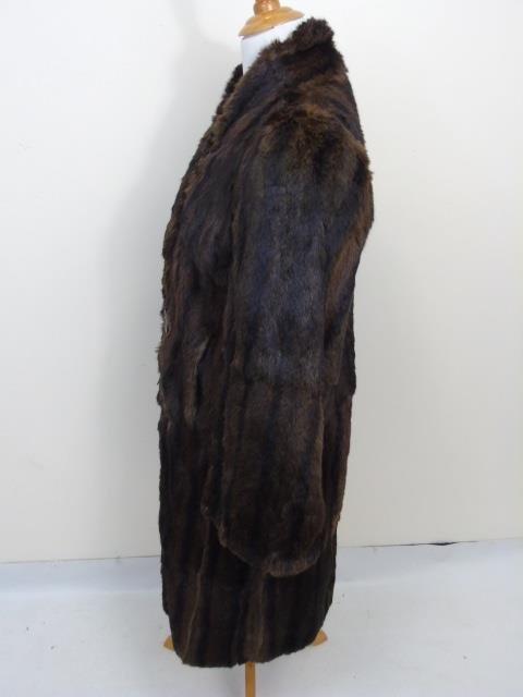 Vintage Ladies Brown Mink Silk Lined Coat - 4
