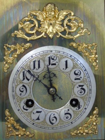 Vintage Mahogany Ornately Carved Mantel Clock - 6