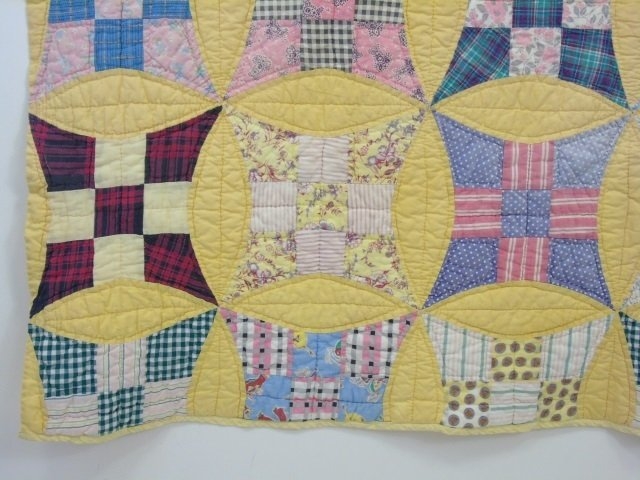 Vintage American Handmade / Hand Sewn Quilt - 4