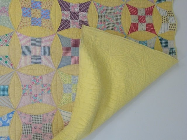 Vintage American Handmade / Hand Sewn Quilt - 6