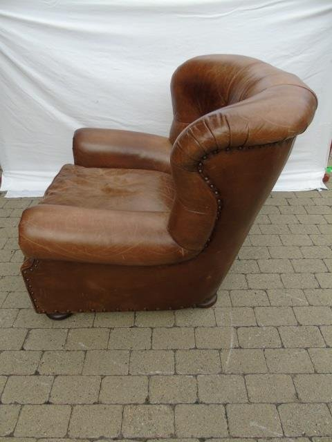 Contemporary Ralph Lauren Tufted Leather Armchair - 3