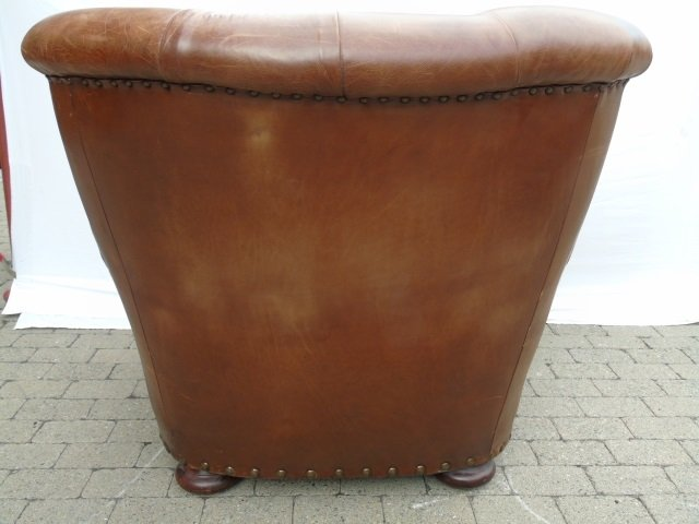 Contemporary Ralph Lauren Tufted Leather Armchair - 4