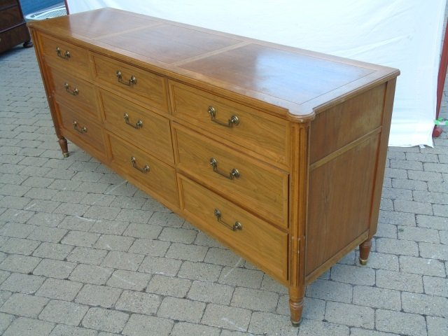Vintage Bureau Chest of Drawers by Baker - 4