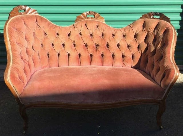 Antique 19th C American Victorian Tufted Settee