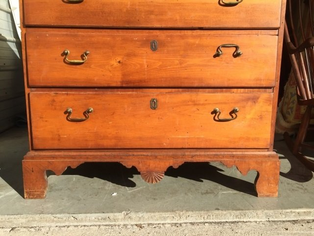 Antique 19th C Early American Chest of Drawers - 9
