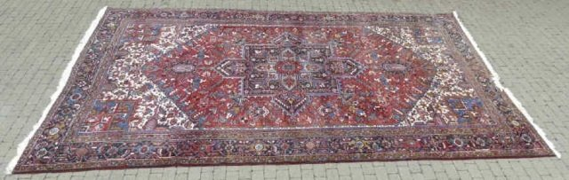 Iranian Persian Heriz 20th C Knotted Wool Carpet