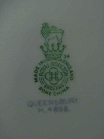 Partial Dinner Service Royal Doulton Queensbury - 5