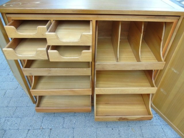 Mid Century Modern Storage Console w/ Pull Outs - 3