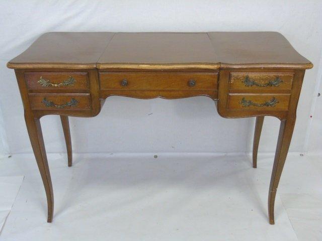 Traditional Ladies Vanity Desk w Cabriole Legs