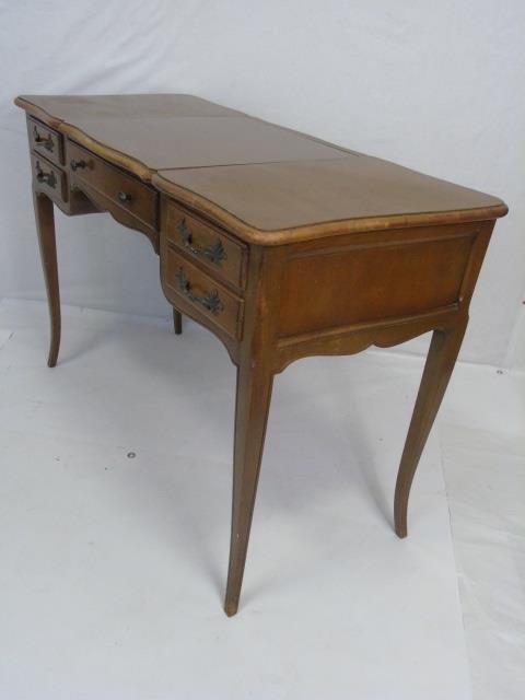 Traditional Ladies Vanity Desk w Cabriole Legs - 2