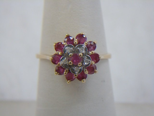 Estate 14kt Yellow Gold Diamond & Ruby Ring