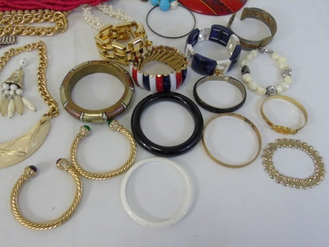 Large Group Lot of Vintage Costume Jewelry Items - 7