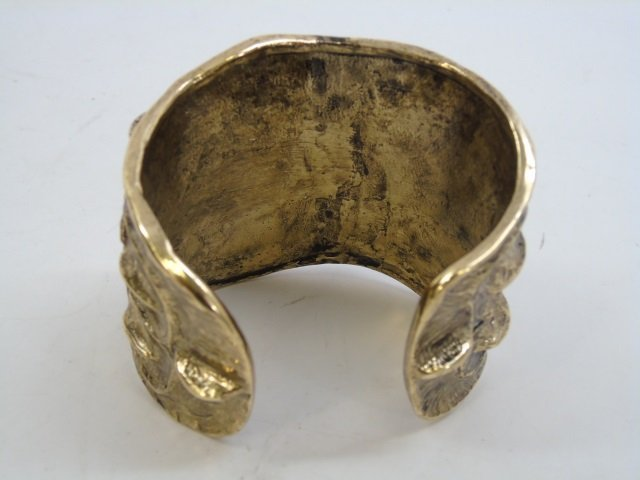 Contemporary Designer Gilt Metal Alligator Cuff - 4