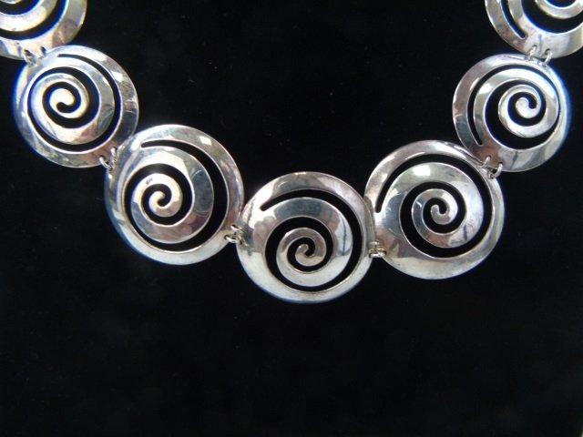 Contemporary Sterling Silver Spiral Motif Necklace - 2