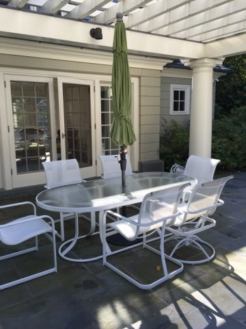 Patio / Deck Dining Table & Six Chairs w Umbrella - 3