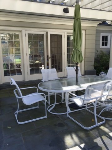 Patio / Deck Dining Table & Six Chairs w Umbrella - 4