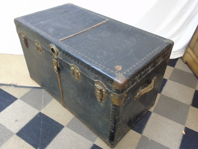 Antique C 1900 Black Leather Steamer Trunk - 2