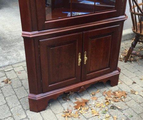 Chippendale Style Mahogany Corner Curio Cabinet - 3