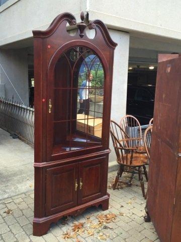 Chippendale Style Mahogany Corner Curio Cabinet - 5