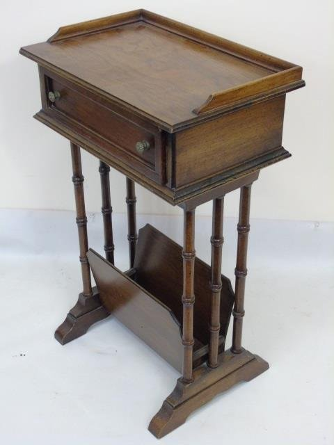 Vintage End Table / Nightstand w Magazine Holder