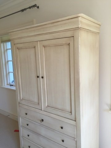 Grange French Country Provencal Armoire Cabinet - 3