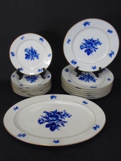H & Co Selb Bavaria Echt Kobalt Porcelain Service