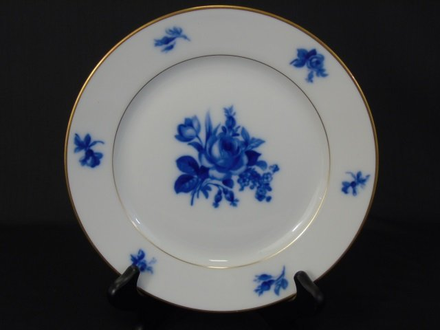 H & Co Selb Bavaria Echt Kobalt Porcelain Service - 2