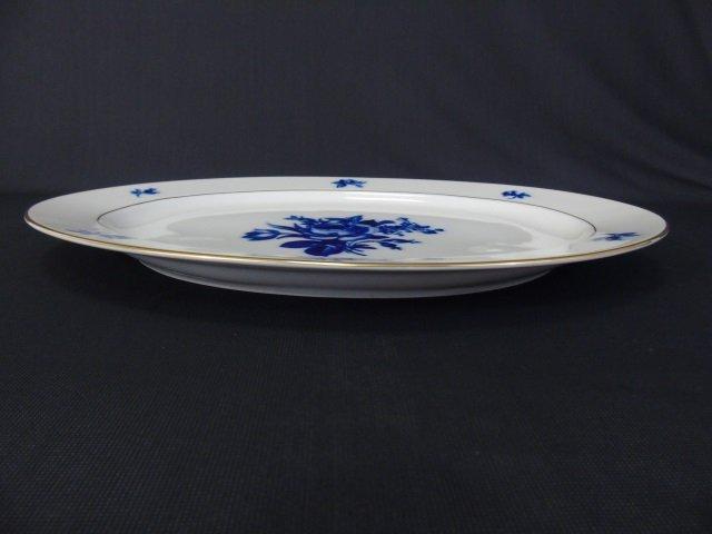 H & Co Selb Bavaria Echt Kobalt Porcelain Service - 4