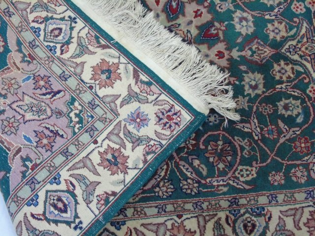 Persian / Oriental Style Knotted Wool Throw Rug - 3