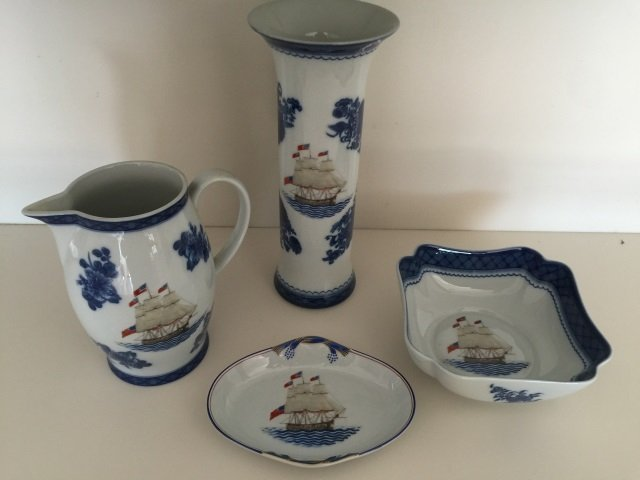 4 Mottahedeh Porcelain Chinese Export Style Items
