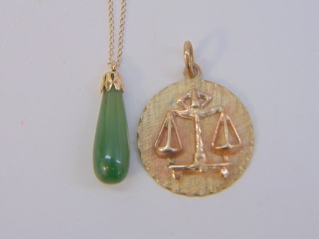 Estate 14kt Yellow Gold Scales of Justice Necklace