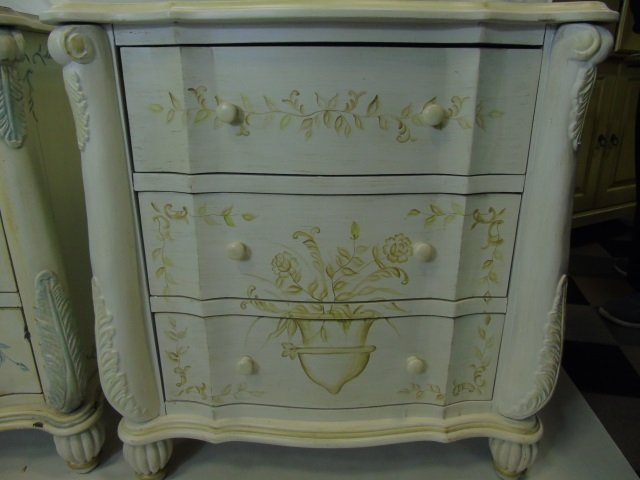 Pair Serpentine Front Painted Bedside Tables - 3