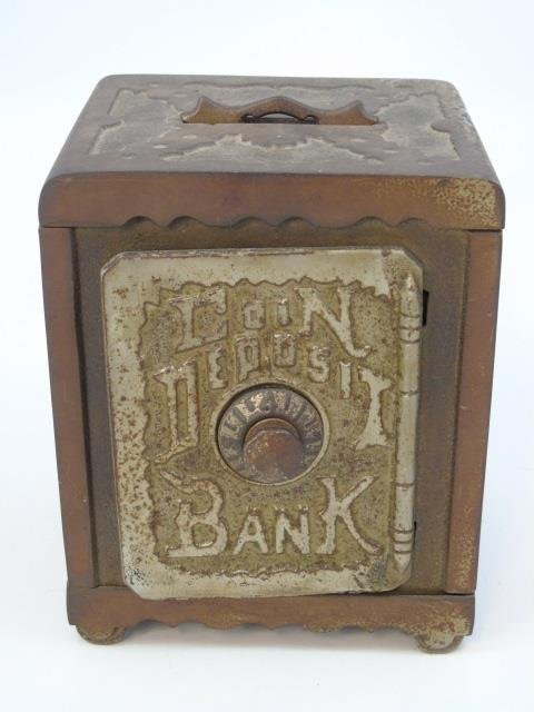 Antique Late 19th Early 20th Cast Iron Piggy Bank