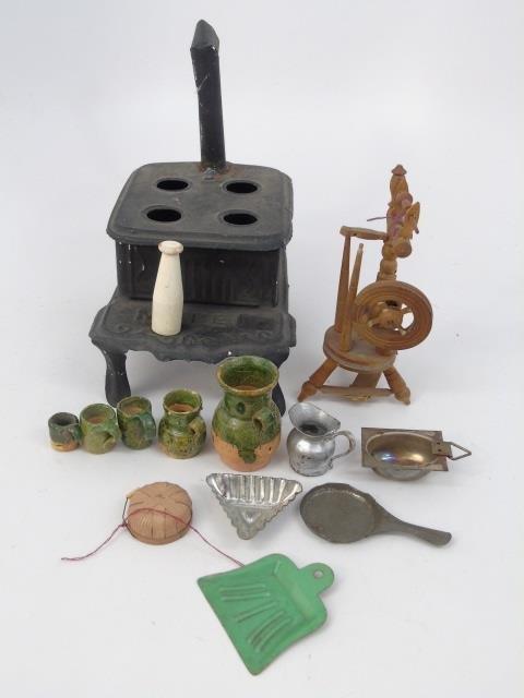 Antique Dollhouse Miniature / Room Box Kitchen