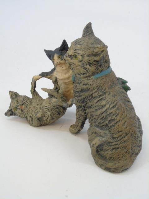Antique German Statue of Three Cats Playing - 4