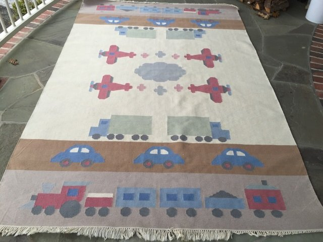 Southwest Style Car Motif Carpet / Throw Rug