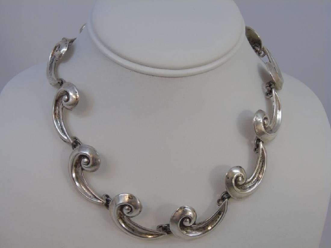 Vintage Mexican Sterling Silver Curli-Q Necklace