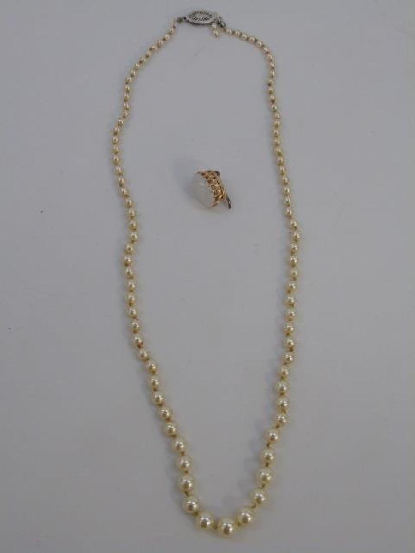 Estate Yellow Gold & Moonstone Pendant & Pearls