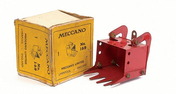 3003: Meccano Part No.169 Digger Bucket in red