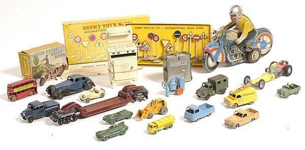 9: Matchbox 1-75, Dinky & tinplate items qty