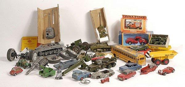 23: Assorted Dinky + Kitbuilt, or part built models
