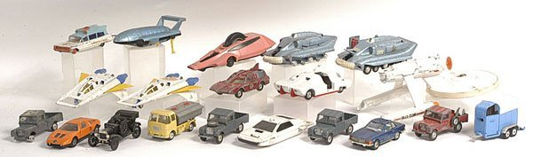 15: Corgi Cars, Commercials & Dinky Skyfire Vehicles