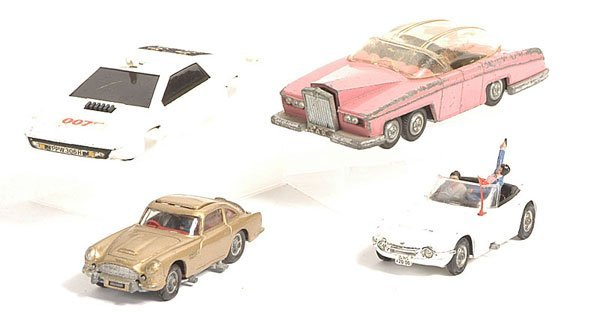 19: Dinky TV Related Cars.