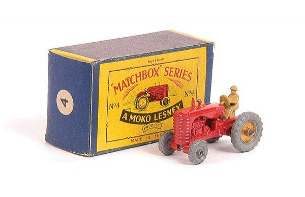 1005: Matchbox No.4b Massey Harris Tractor