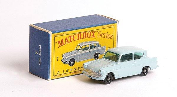 1010: Matchbox No.7b Ford Anglia