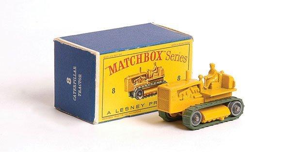 1012: Matchbox No.8c Caterpillar D8 Heavy Tractor